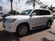 Selling My Used 2013 LEXUS LX570 22, 000$
