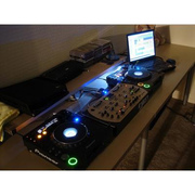 For Sale:2x Pioneer CDJ-1000MK3 & 1x DJM-800 Mixer DJ Package
